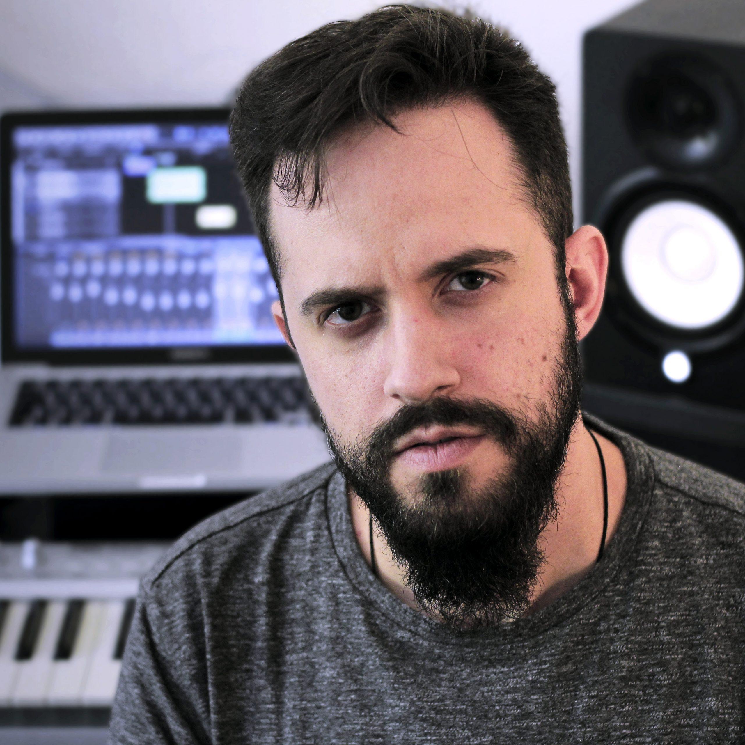 Jota Fernández Guitarrista / Compositor