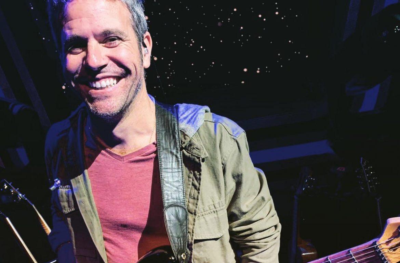 Oliver Martín, Guitarrista