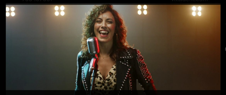 Vivian Siles Cantante