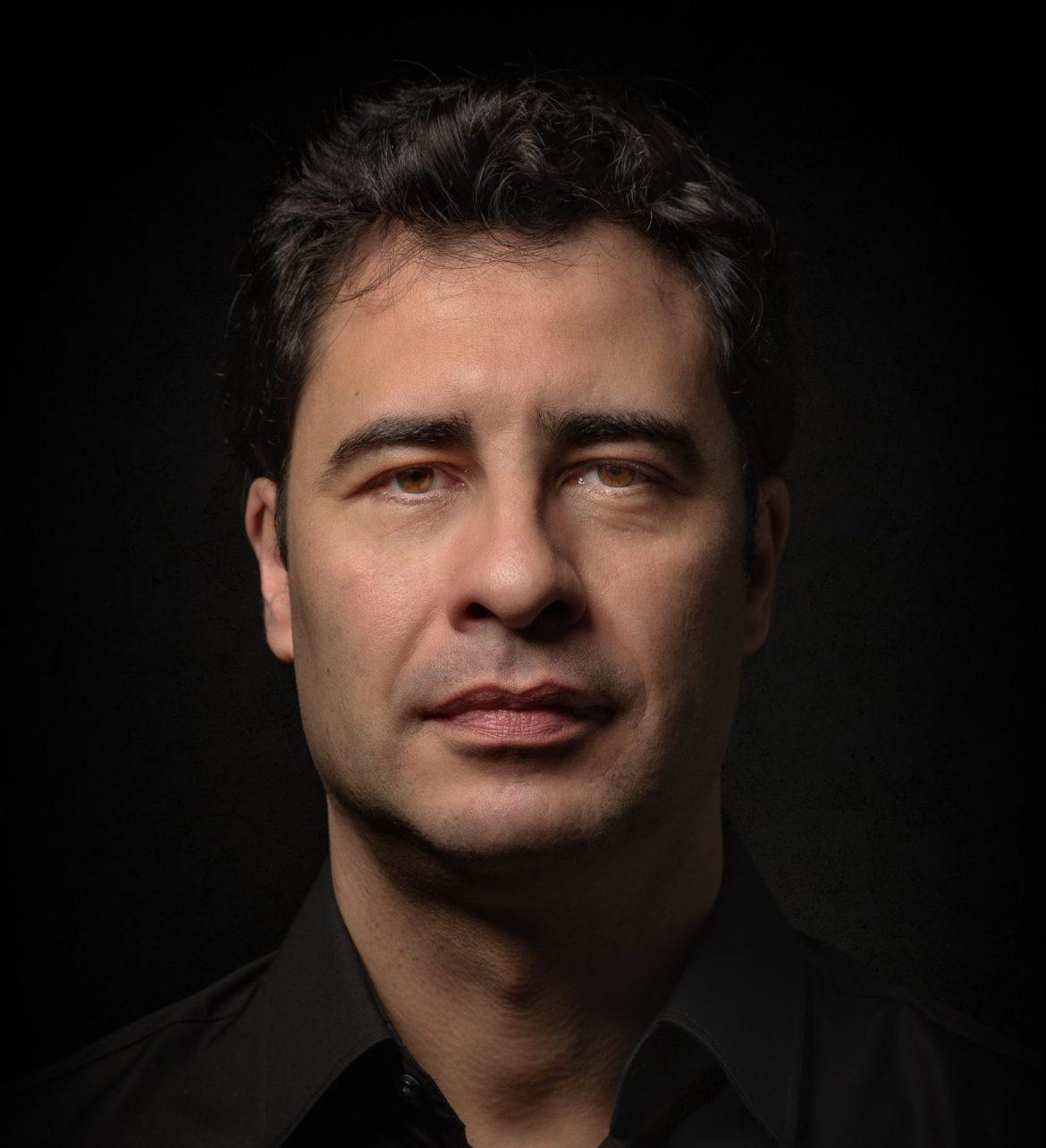 Alejandro Román, Músico Compositor