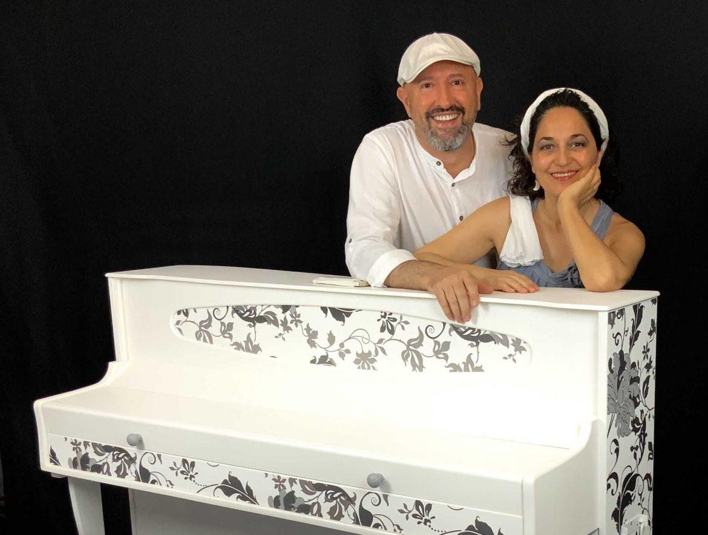 Alberto Rodriguez y Cocha santos de Chic Piano