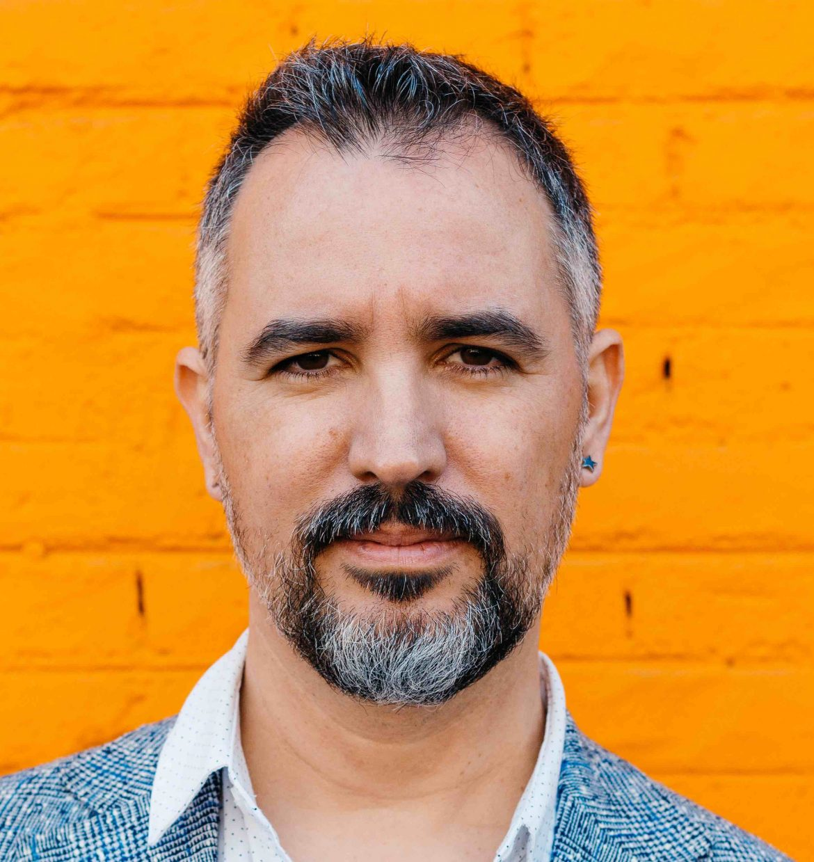 Carlos Nebot, guitarrista, cantante y compositor