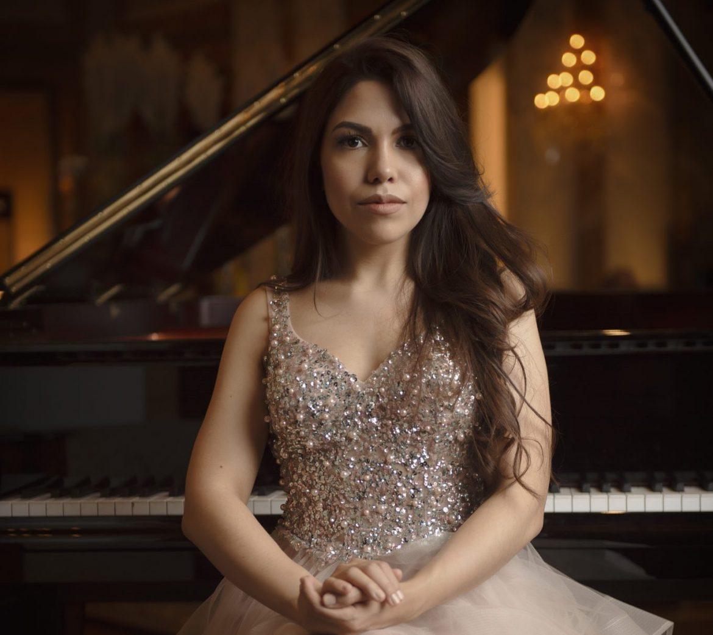 Walkiria Izaguirre, pianista